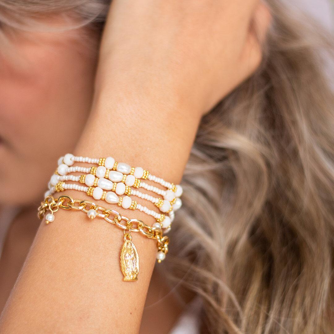 Pulsera virgen perlas